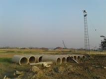 De bouw van de rivierbrug Stock Fotografie