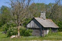 De bouw van de sauna in platteland Stock Afbeeldingen