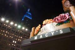 De Bouw van de Staat van het imperium en de opslag van Macy. Stock Fotografie