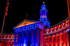 De Bouw van Denver City en van het Land in Blauw en Oranje Stock Fotografie