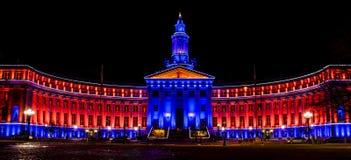 De Bouw van Denver City en van het Land in Blauw en Oranje Stock Foto