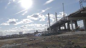 De bouw van een brug Stock Foto's