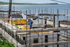 De bouw van een huis met schuimpanelen Royalty-vrije Stock Foto's