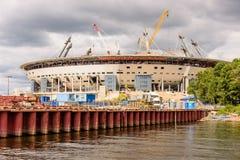 De Bouw van een voetbalstadion Stock Foto's