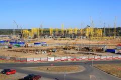De bouw van een voetbalstadion in Kazan. Stock Foto