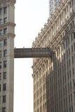 De bouw van het bureau in Chicago Stock Afbeeldingen