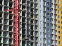 De bouw van het gebouw, het de bouwkader tijdens bouw Stock Afbeeldingen