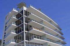 De Bouw van het luxeflatgebouw met koopflats Royalty-vrije Stock Afbeelding