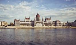 De bouw van het Parlement in Boedapest, Hongarije Stock Foto
