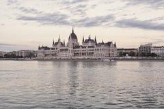 De bouw van het Parlement in Boedapest, Hongarije Royalty-vrije Stock Afbeelding