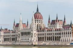 De bouw van het Parlement (Hongarije) stock foto's