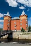 De bouw van het sanatoriumbureau in stijl van het slot wordt geconstrueerd dat Stock Afbeelding