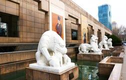De Bouw van het Shnaghaimuseum, Shanghai, China Mensen` s vierkant Stock Fotografie