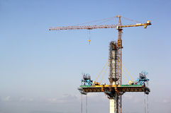 De bouw van kabel bleef brug Stock Foto