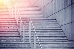 De bouw van Ladder met zon lichteffect stock fotografie