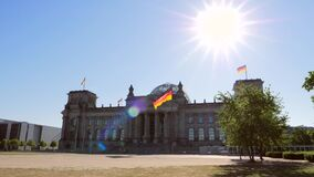De bouw van Reichstag in Berlijn stock videobeelden