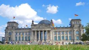 De bouw van Reichstag, Berlijn, Duitsland stock videobeelden