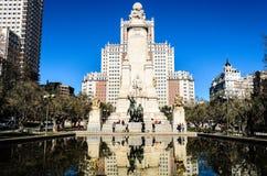 De bouw van Spanje en het standbeeld van Don Quichot Stock Foto