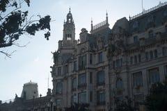 De bouw van voorgevel in Porto, Portugal stock foto's