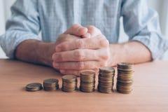 De bouwbesparingen en de fondsen van de verhogingsnoodsituatie royalty-vrije stock foto's