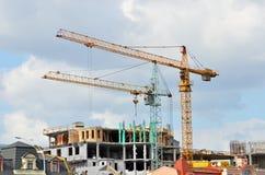 De bouwwerf van de kraan en highrise Stock Afbeelding