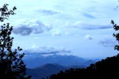 De bovenkant van de berg stock afbeeldingen