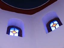 De bovenkant van de kerk stock afbeeldingen