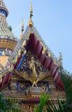 De bovenkant van tempel van Koninklijk klooster Wat Chuai Mongkong in Pattaya stock foto's