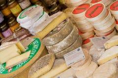 De box van de kaas Stock Foto's