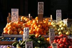 De box van het fruit in Dublin Stock Afbeelding