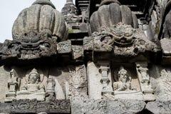 De Brahmasteen snijdt Hulp op Prambana-Tempel Stock Foto