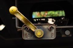 De brancher chariot pneumatique ou hydraulique de fret de train photographie stock libre de droits