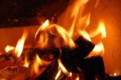 De brand dichte omhooggaande samenvatting van het brandhout Royalty-vrije Stock Afbeeldingen