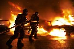 De brand in het parkeerterrein. Stock Afbeelding