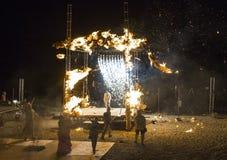 De brand toont bij nacht Stock Foto