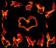 De brand van de gloed op een zwarte achtergrond Stock Fotografie