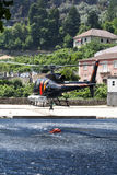 De brand van de helikopter het figthing Stock Fotografie