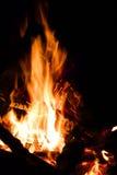 De brand, vlammen sluit omhoog stock foto's