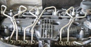 De brandstofinjectorpijpen van de autodieselmotor royalty-vrije stock foto