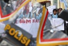 DE BRANDSTOFprijs VAN INDONESIË EEN ANDERE VERHOGING Stock Foto's