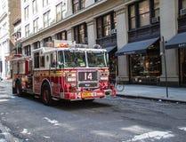 De Brandvrachtwagen van New York stock foto's