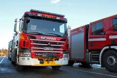De Brandvrachtwagen van Scania P320 Stock Afbeeldingen