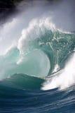 De brekende golf van de kust royalty-vrije stock foto's