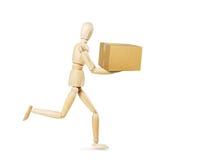 De brievenbesteller draagt een doos Royalty-vrije Stock Foto
