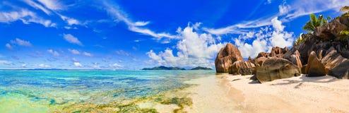 De Bron van het strand d'Argent in Seychellen royalty-vrije stock afbeeldingen