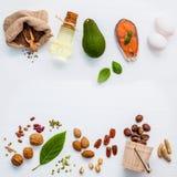 De bronnen van het selectievoedsel van Omega 3 Super voedsel hoog Omega 3 en Royalty-vrije Stock Foto's