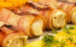 De broodjes van het bacon met kaas stock afbeelding