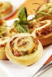 De broodjes van het gebakje met kruid het vullen royalty-vrije stock foto's