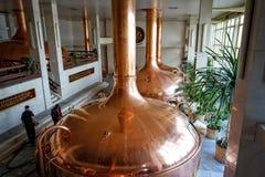 De brouwerij van Budvarbudweiser Mout kokende workshop stock foto