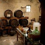 De brouwerij van de wijn en van de azijn. Stock Afbeeldingen